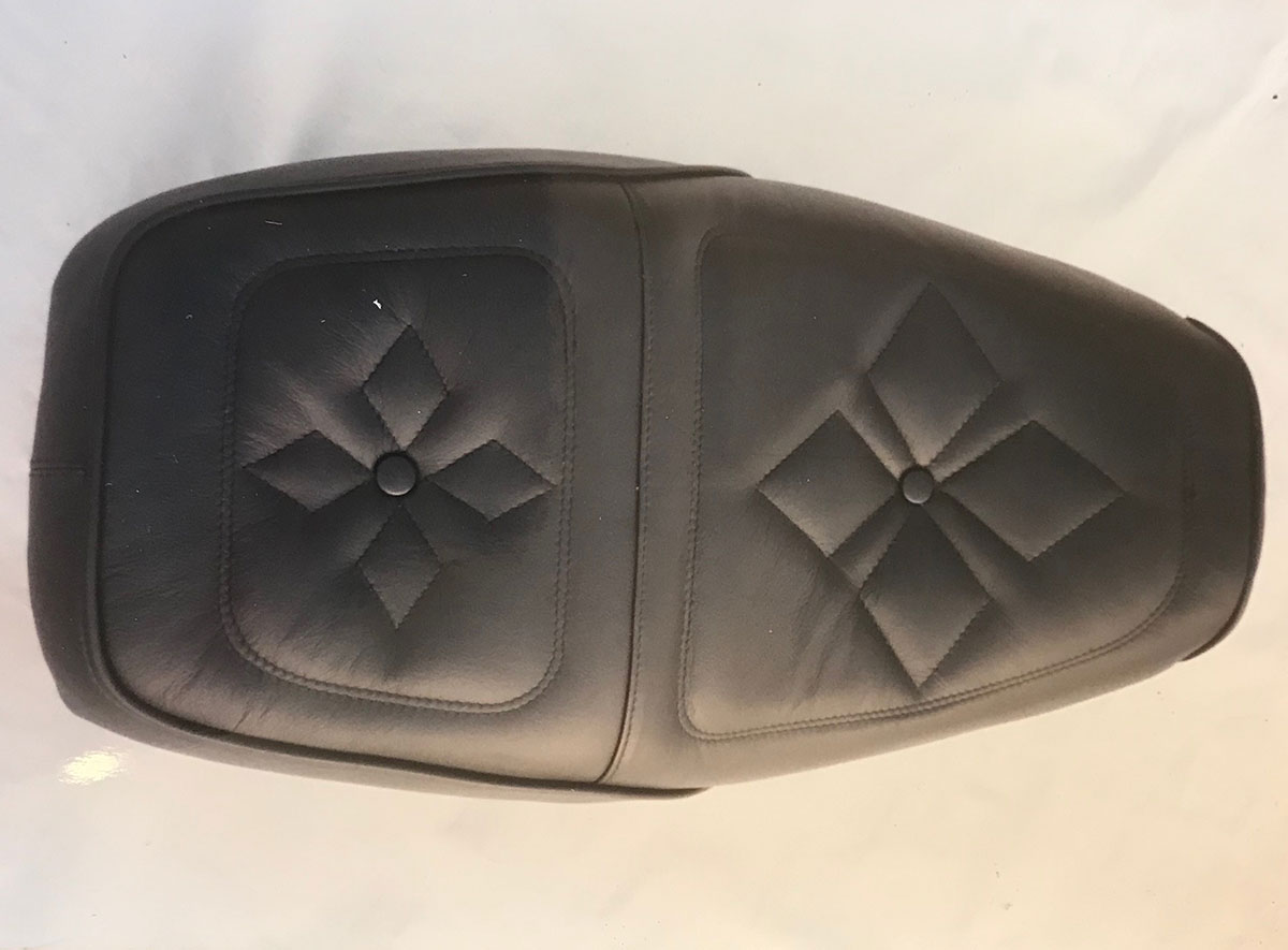 Motorbike seat upholstery